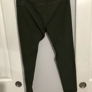 Used olive green workout pant. Size M